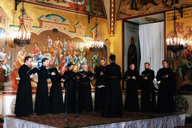 И если Италия - страна, где господствует культ теноров, то Россия